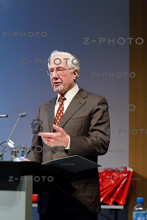 Dr. Hans-Rudolf Zulliger - Graduation Ceremony Department of Management, Technology, and Economics an der ETH in Zuerich<br /> <br /> Copyright &copy; Zvonimir Pisonic