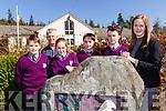 Gaeilscoil Faithleann quiz team who are presenting Kerry in the All Ireland Credit Union quiz. <br /> l-r Cormac &Oacute; Rua,Tom&aacute;s &Oacute; Murch&uacute; (teacher),  Isabelle De Fuitleigh, D&aacute;ire &Oacute; Briain, Ben &Oacute; Cearbhail,and teacher Treasa Ban Ui Scannl&aacute;n.