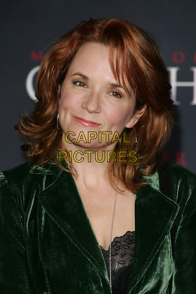 "LEA THOMPSON.Los Angeles Premiere of Columbia Pictures' ""Memoirs of a Geisha""held at the Kodak Theater, Hollywood, California..December 4th, 2005.Photo: William Scott/Admedia/Capital Pictures.Ref: WS/ADM.headshot portrait.www.capitalpictures.com.sales@capitalpictures.com.© Capital Pictures."