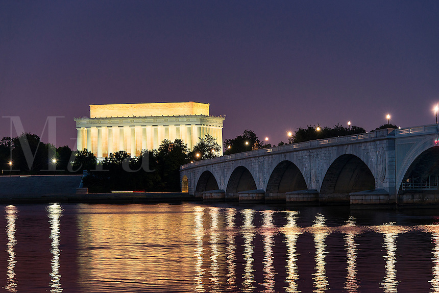 Lincoln Memorial and the Arlington Memorial Bridge at night, Washington D.C., USA