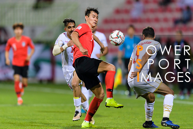 Ji Dongwon of South Korea (C) in action during the AFC Asian Cup UAE 2019 Round of 16 match between South Korea (KOR) and Bahrain (BHR) at Rashid Stadium on 22 January 2019 in Dubai, United Arab Emirates. Photo by Marcio Rodrigo Machado / Power Sport Images