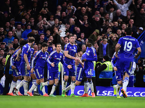 21.02.2016. Stamford Bridge, London, England. Emirates FA Cup 5th Round. Chelsea versus Manchester City. Cahill scores for 3-1 in the 53rd minute