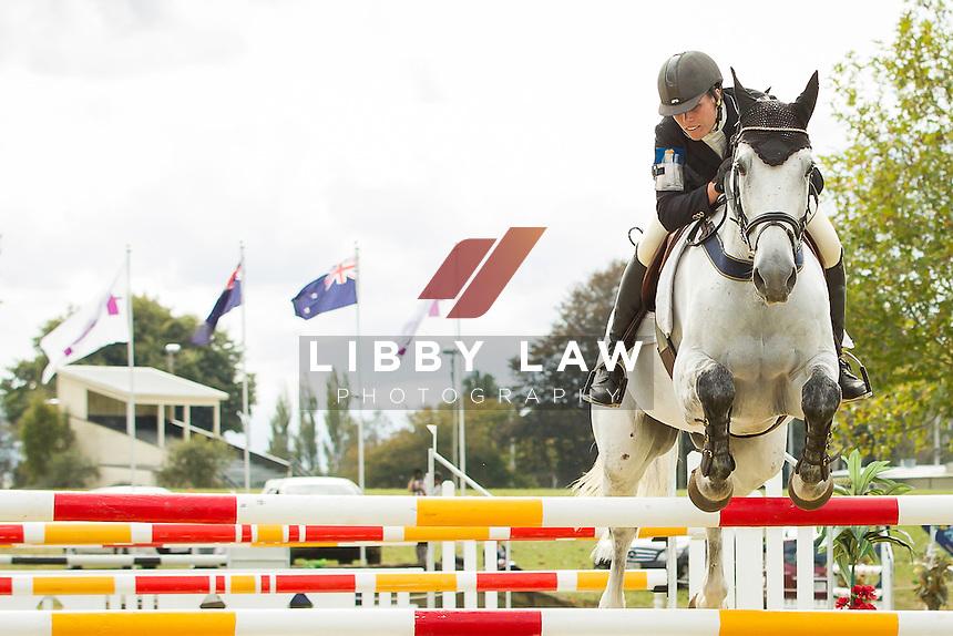 NZL-Bundy Philpott (BRITANNICA MVNH) FINAL-6TH: CIC3* SHOWJUMPING: 2014 NZL-BNZ Kihikihi International Horse Trial (Sunday 13 April) CREDIT: Libby Law COPYRIGHT: LIBBY LAW PHOTOGRAPHY - NZL