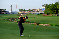 Matt Wallace (ENG) on the 18th fairway during the 2nd round of the DP World Tour Championship, Jumeirah Golf Estates, Dubai, United Arab Emirates. 16/11/2018<br /> Picture: Golffile | Fran Caffrey<br /> <br /> <br /> All photo usage must carry mandatory copyright credit (© Golffile | Fran Caffrey)