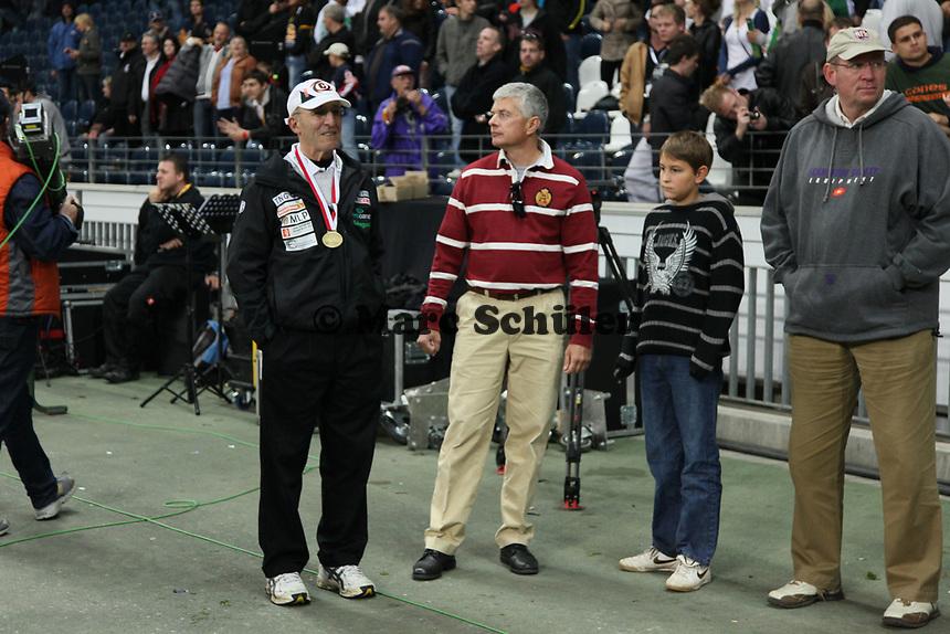 Defensive Coordinator Bob Valesente (Kiel) mit Ex-Galaxy GM Tilman Engel