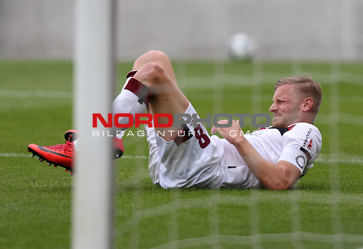 nph0001:  17.05.2020 --- Fussball --- Saison 2019 2020 --- 2. Fussball - Bundesliga --- 26. Spieltag: FC Sankt Pauli - 1. FC Nürnberg ---   DFL regulations prohibit any use of photographs as image sequences and/or quasi-video - Only for editorial use ! --- <br /> <br /> Hanno Behrens (18, 1. FC Nürnberg ) <br /> <br /> Foto: Daniel Marr/Zink/Pool//via Kokenge/nordphoto