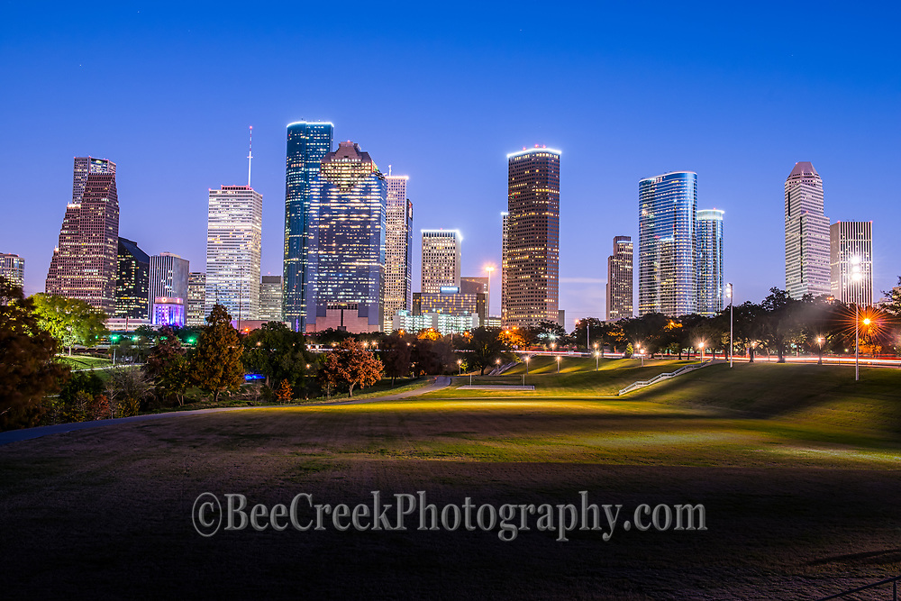 This is one of my favorite image of the Houston skyline as the blue hour really pops the buildings and the park lights turn on which show just how close the city is to one of the many parks that run along the Buffalo Bayou in the city. This is the Eleanor Tinsley park that is right in downtown area along the Allen Parkway.