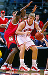 University of Wisconsin forward (50) Mark Vershaw during the Maryland game at the Bradley Center in Milwaukee, WI, on 11/29/00. (Photo by David Stluka)