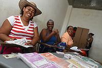 QUIBDÓ -COLOMBIA. 25-10-2015. Aspecto de un puesto votación en Quibdó, Colombia durante la visita de Luis Carlos Villegas Ministro de Defensa y Yesid Reyes Ministro de Justicia de Colombia para verificar el normal desarrollo de las elecciones regionales 2015, hoy 25 de octubre de 2015. Los colombianos elegirán por voto directo en las urnas 1.102 alcaldes, 32 gobernadores, además de concejales, diputados y ediles en juntas administradoras locales./ Aspect of the polling station in Quibdo, Colombia, during the visit of Luis Carlos Villegas Minister of Defense and Yesid Reyes Minister of Justice of Colombia to verified the normal development  of the regional elections 2015 in Bogota, Colombia, today October 25, 2015. Colombians will elect by direct vote at the polls 1,102 mayors, 32 governors, along with councilors, deputies and councilors in local boards. Photo: VizzorImage /  Mauricio Orjuela / Mindefensa