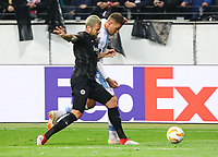 Marco Russ (Eintracht Frankfurt) gegen Sergej Milinkovic-Savic (Lazio Rom) - 04.10.2018: Eintracht Frankfurt vs. Lazio Rom, UEFA Europa League 2. Spieltag, Commerzbank Arena, DISCLAIMER: DFL regulations prohibit any use of photographs as image sequences and/or quasi-video.