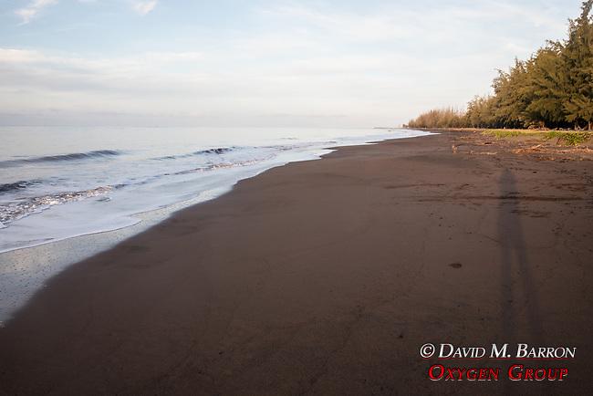 Sunrise, Wiamea Plantation Beach