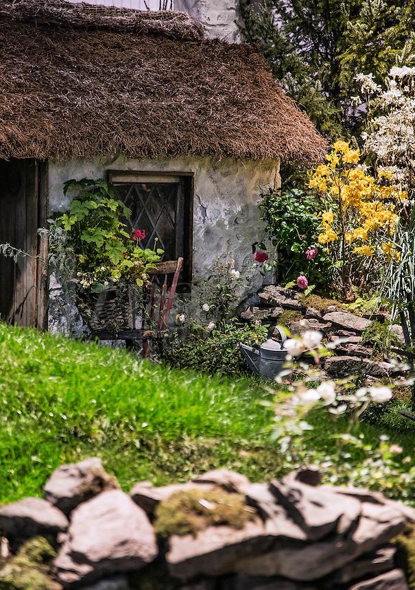 Charming traditional Irish cottage detail, Ireland
