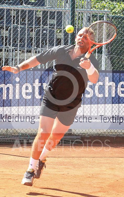 26.06.2010, Buergerpark, Braunschweig, GER, ATP-Tennisturnier NORD/LB Open Braunschweig Showspiel THOMASMUSTER (AUT) vs MICHAELSTICH (GER), im Bild Thomas Muster  Foto © nph / Rust