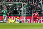 01.12.2018, Weserstadion, Bremen, GER, 1.FBL, Werder Bremen vs FC Bayern Muenchen<br /> <br /> DFL REGULATIONS PROHIBIT ANY USE OF PHOTOGRAPHS AS IMAGE SEQUENCES AND/OR QUASI-VIDEO.<br /> <br /> im Bild / picture shows<br /> Tor 0:1, Serge Gnabry (FC Bayern Muenchen #22) mit Torschuss und Treffer zum 0:1 gegen Jiri Pavlenka (Werder Bremen #01), <br /> <br /> Foto &copy; nordphoto / Ewert