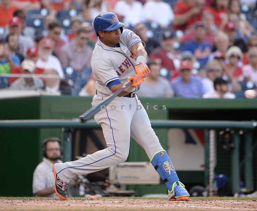 New York Mets Yoenis Cespedes (52) during a game against the Washington Nationals on September 14, 2016 at Nationals Park in Washington, DC. The Nationals beat the Mets 1-0.