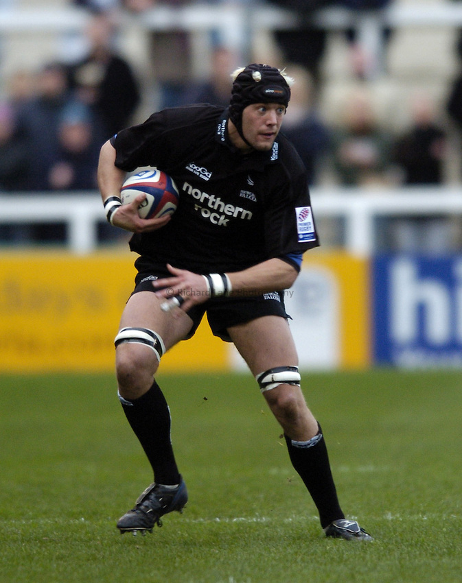 Photo. Jed Wee..Newcastle Falcons v Leeds Tykes, Zurich Premiership, 14/11/2004..Newcastle's Andy Buist.