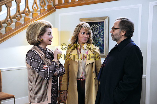 Catherine Deneuve, Judith Godrecho & Fabrice Luchini.in Potiche.*Filmstill - Editorial Use Only*.CAP/PLF.Supplied by Capital Pictures.