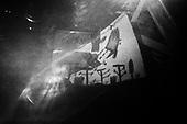 15.04.2010 Warsaw, Poland.Picture made by child at the front of the presidential palace in Warsaw April 15, 2010.Photo: Maciej Jeziorek/Napo Images..15.04.2010 Warszawa, Polska..Krakowskie Przedmiescie. Dzieciecy rysunek przedstawiajacy katastrofe przed Palacem Prezydenckim..fot. Maciej Jeziorek/Napo Images.
