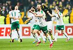 Solna 2015-03-07 Fotboll Allsvenskan AIK - Hammarby IF :  <br /> Hammarbys jublar med lagkamrater efter matchen mellan AIK och Hammarby IF <br /> (Foto: Kenta J&ouml;nsson) Nyckelord:  AIK Gnaget Friends Arena Svenska Cupen Cup Derby Hammarby HIF Bajen jubel gl&auml;dje lycka glad happy