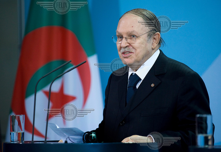 Abd al-Aziz Bouteflika, the president of Algeria, on a state visit to Germany, speaks at the office of Chancellor.