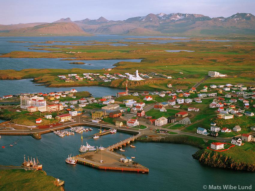 Stykkishólmur 1995, Álftafjörður og Ljósufjöll í bakgrunni..Stykkisholmur. Alftafjordur and Ljosufjoll (mountain) in background