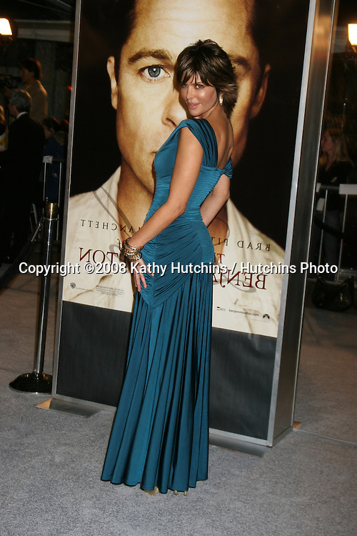 "Lisa Rinna arriving at the LA  Premiere of ""The Curious Case of Benjamin Button"" at the Mann's Village Theater in Westwood, CA .December 8, 2008.©2008 Kathy Hutchins / Hutchins Photo....                ."