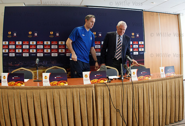 David Weir and Walter Smith take their seats for the UEFA Europa League press conference in EIndhoven