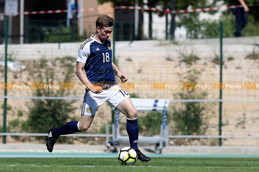 Craig Wighton of Dundee and Scotland in action during Czech Republic Under-20 vs Scotland Under-20, Toulon Tournament Football at Stade de Lattre-de-Tassigny on 10th June 2017