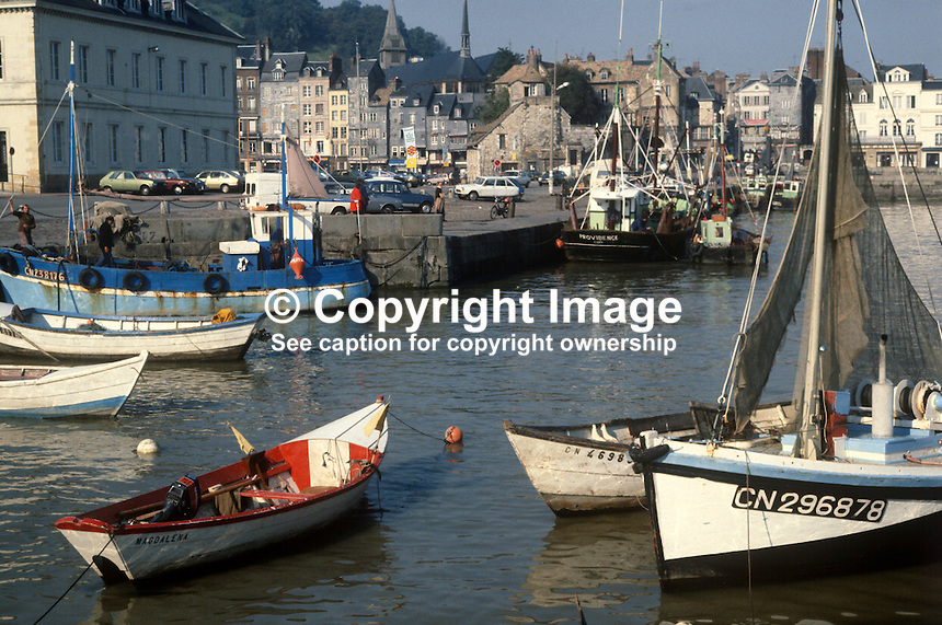 Honfleur, Normandy, France, cradle, impressionism, painting, port, harbour, picturesque, norman, yachts, fishing, boats, cafes, restaurants, mouth, River Seine, October, 1980, 19801001e..Copyright Image from Victor Patterson, 54 Dorchester Park, Belfast, United Kingdom, UK...For my Terms and Conditions of Use go to http://www.victorpatterson.com/Victor_Patterson/Terms_%26_Conditions.html