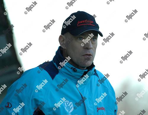 2007-11-18 / Voetbal / Verbr. Geel - MSK Deinze / Francis Vanhamel (trainer geel)..Foto: Maarten Straetemans