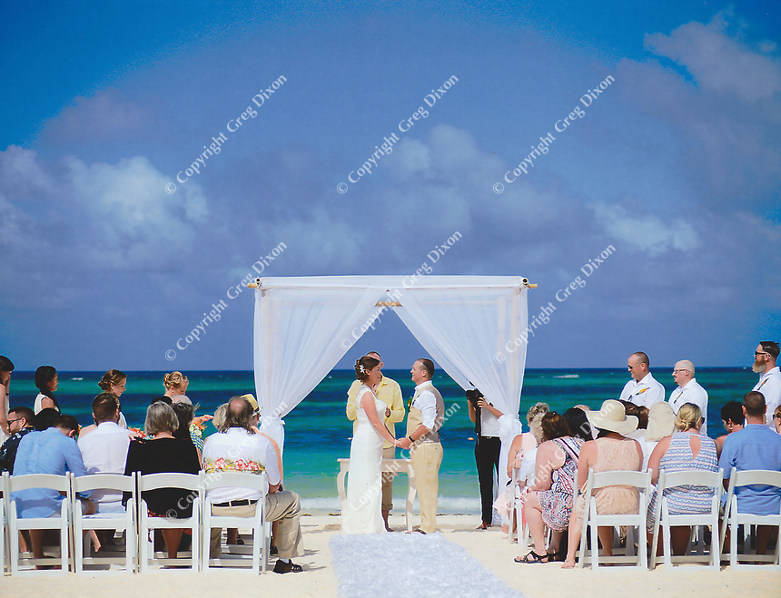 Allison and Jared exchange vows