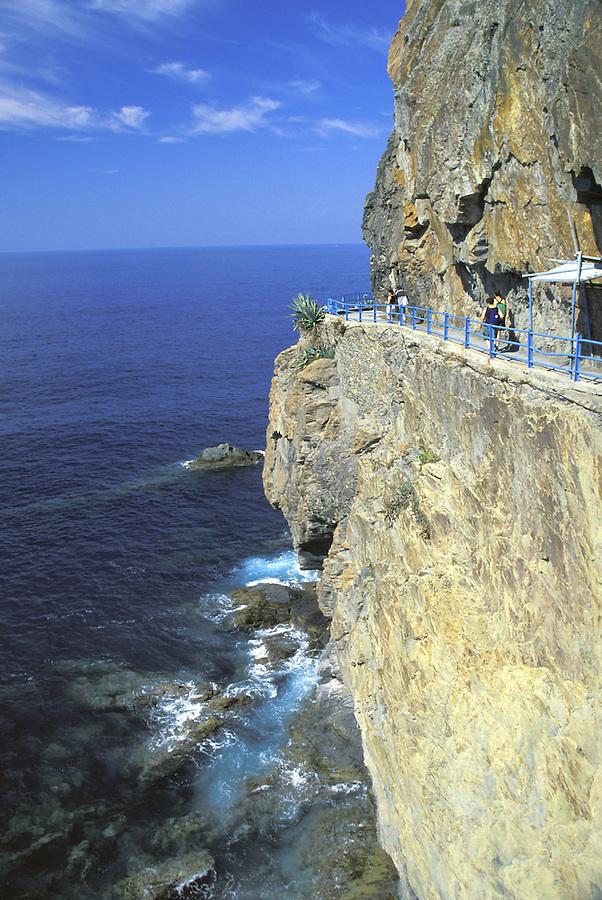 Via dell Amore (trail) blasted into seaside cliff, Riomaggiore, Italy