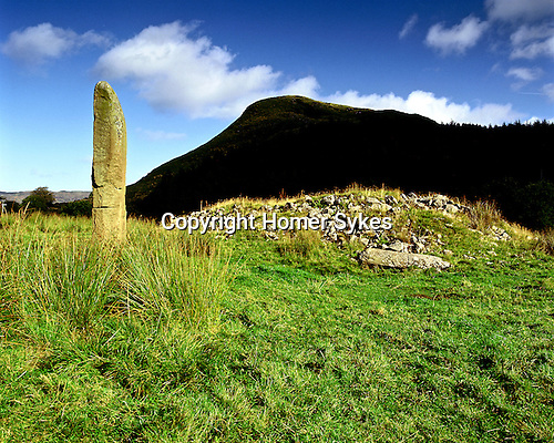 Kintraw Standing Stone and Cairn, Kintraw, Strathclyde, Scotland Celtic Britain published by Orion.