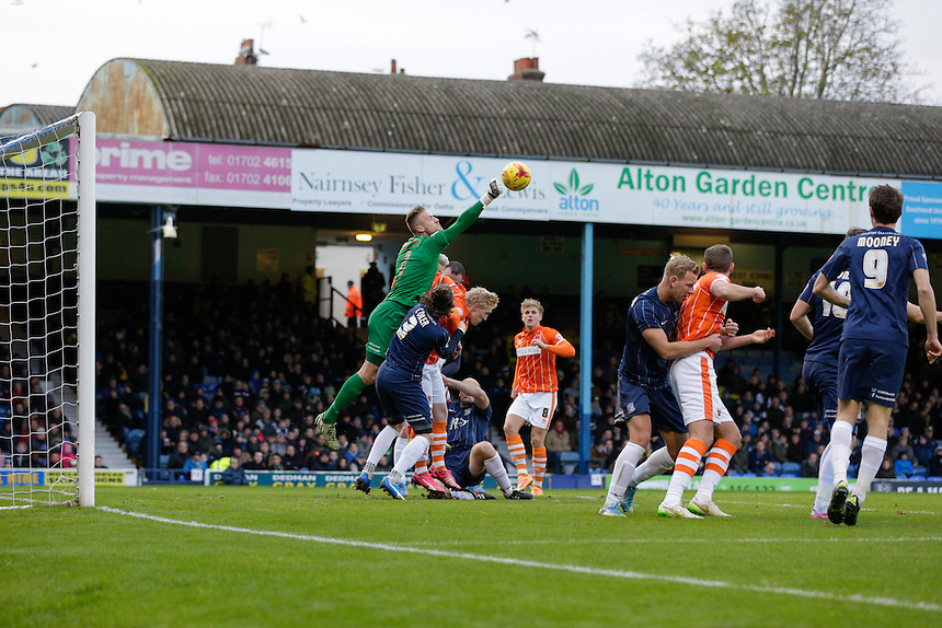 Southend United's Daniel Bentley punches the ball clear from a cross<br /> <br /> Photographer Craig Mercer/CameraSport<br /> <br /> Football - The Football League Sky Bet League One - Southend United v Blackpool - Saturday 21st November 2015 - Roots Hall - Southend<br /> <br /> &copy; CameraSport - 43 Linden Ave. Countesthorpe. Leicester. England. LE8 5PG - Tel: +44 (0) 116 277 4147 - admin@camerasport.com - www.camerasport.com