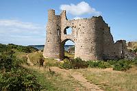 United Kingdom, Wales, Swansea, Gower Peninsula: Pennard Castle and Three Cliffs Bay   Grossbritannien, Wales, Swansea, Gower Halbinsel: Pennard Castle und Three Cliffs Bay