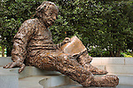 Albert Einstein Memorial, Robert Berks 1979, National Academy of Sciences, Washington DC