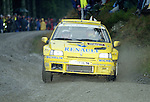 Pix: Shaun Flannery/shaunflanneryphotography.com...COPYRIGHT PICTURE>>SHAUN FLANNERY>01302-570814>>07778315553>>..1995 Network Q RAC Rally..19th November - 22nd November 1995..Alain Oreille and Jacques Boyere..Renault Clio Maxi.Renault Dealer Rallying