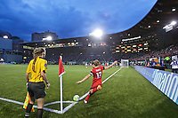 Portland, OR - Saturday, May 21, 2016: Portland Thorns FC midfielder Tobin Heath (17) takes a corner kick. The Portland Thorns FC defeated the Washington Spirit 4-1 during a regular season National Women's Soccer League (NWSL) match at Providence Park.
