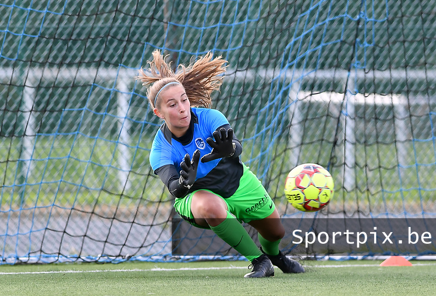 goalkeeper Josephine Delvaux of Racing Genk pictured during warming up of a female soccer game between Club Brugge Dames YLA and Racing Genk Ladies on the second matchday of the 2020 - 2021 season of Belgian Scooore Women s SuperLeague , saturday 5 th of September 2020  in Brugge , Belgium . PHOTO SPORTPIX.BE | SPP | DAVID CATRY