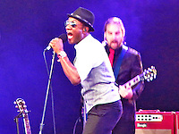 """Aloe Blacc gets the crowd going with hits such as """"The Man"""" and an acoustic version of """"Wake Me Up"""" in the Mojave Tent on Friday, April 18th."""