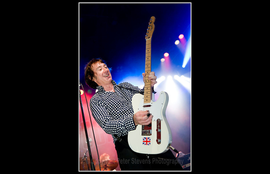 Buzzcocks - Live at Shepherds Bush Empire - 30-01-2009
