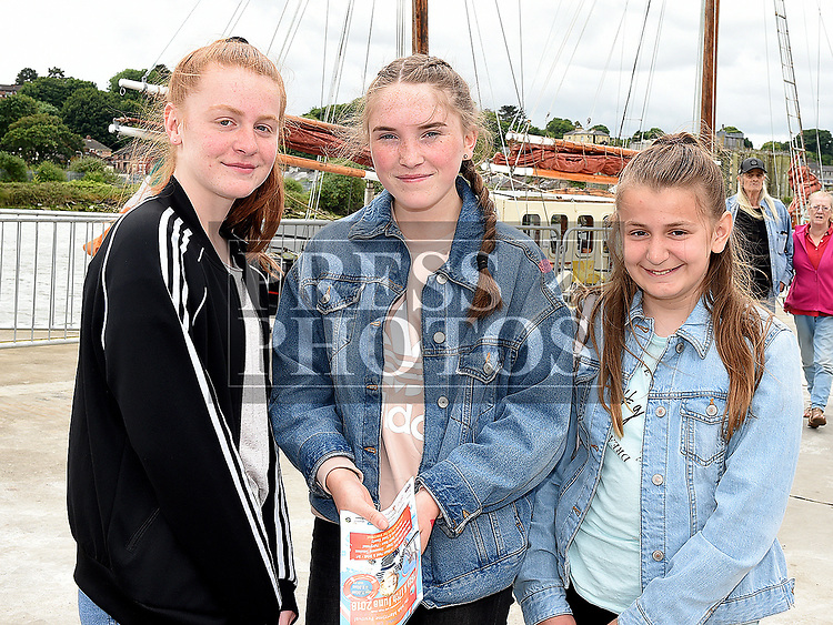 Roisin and Aoife Milne and Hannah Moran at the Drogheda Maratime Festival. Photo:Colin Bell/pressphotos.ie
