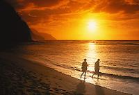 Ke'e Beach (beginning of the Na Pali Coast), north shore of Kaua'i, Hawaii