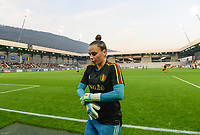 20181009 – BIEL BIENNE , SWITZERLAND : Belgian Nicky Evrard pictured prior to the female soccer game between Switzerland and the Belgian Red Flames , the second leg in the semi finals play offs for qualification for the World Championship in France 2019 ; the first leg ended in equality 2-2 ;  Tuesday 9 th october 2018 at The Tissot Arena  in BIEL BIENNE , Switzerland . PHOTO SPORTPIX.BE | DAVID CATRY