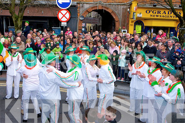 Beaufort Biddy group perform in the Killarney St Patricks parade on Thursday