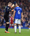 Everton goalkeeper Jordan Pickford with Phil Jagielka of Everton during the premier league match at Goodison Park Stadium, Liverpool. Picture date 7th April 2018. Picture credit should read: Robin Parker/Sportimage