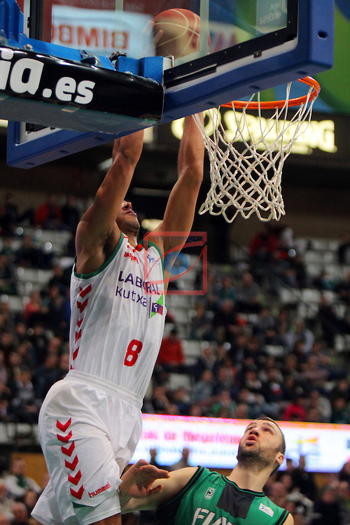 League ACB-Endesa 2015-2016. Game: 16.<br /> FIATC Joventut vs Laboral Kutxa Baskonia: 68-89.<br /> Adam Hanga vs Albert Miralles.