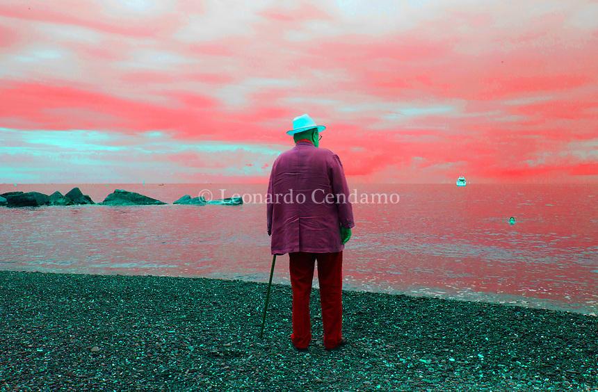 Umberto Eco &egrave; un semiologo, filosofo e scrittore italiano di fama internazionale. Nel 1988 ha fondato il Dipartimento della Comunicazione dell'Universit&agrave; di San Marino. This website aims to present all the aspects of the Writer, Linquist, Philosopher and the Man UMBERTO ECO<br /> <br /> Eco was born in Alessandria, Italy on January 5th, 1932.<br /> <br /> Umberto Eco is still best known for his novel Il nome della rosa (The Name of the Rose) which was published in 1980.<br /> <br /> The book is an intellectual mystery combining semiotics in fiction, biblical analysis, medieval studies and literary theory. Festival della Comunicazione, Camogli (Genova), Settembre 2015. &copy; Leonardo Cendamo