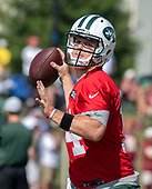 New York Jets quarterback Sam Darnold (14) looks for a receiver as he participates in a joint training camp practice with the Washington Redskins at the Washington Redskins Bon Secours Training Facility in Richmond, Virginia on Tuesday, August 14, 2018.<br /> Credit: Ron Sachs / CNP<br /> (RESTRICTION: NO New York or New Jersey Newspapers or newspapers within a 75 mile radius of New York City)