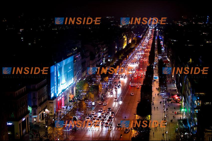 Parigi 23/11/2011 .Illuminazione dei Champs Elysees per il Natale 2011..Foto Insidefoto / JB Autissier / PanoramiC